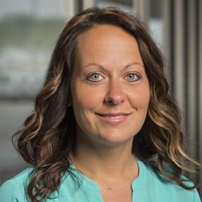 Tara Meyer headshot
